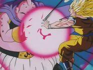 Goku SSJ3 kontra Majin Bu (26)