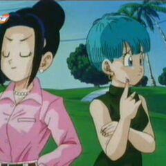 Chichi mówi do Bulmy, że jest od niej młodsza i ładniejsza