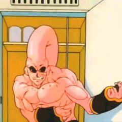 Demon korzysta z toalety, gdyż połknięty przez niego Vegetto doprowadził do niestrawności