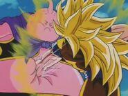 Goku SSJ3 kontra Majin Bu (17)
