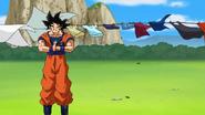 Koncentrujący się Goku