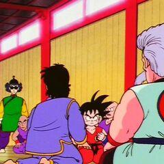 Wraz z Gokū przed Mutaito w jego szkole (3)