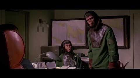 Escape from the Planet of the Apes (1971) How Apes rose part 1 5