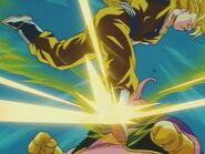 Goku SSJ3 kontra Majin Bu (12)