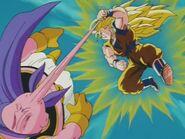 Goku SSJ3 kontra Majin Bu (5)