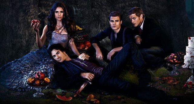 Plik:Slider The Vampire Diaries Wiki.jpg