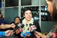 David-Manila2012-airport-TV5followArchuleta-4
