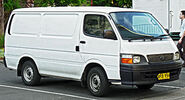 280px-1998-2003 Toyota Hiace (RZH103R) van (2013-12-18)