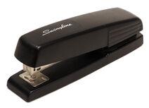 Swingline-stapler