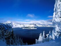 Crater-Lake-in-Winter