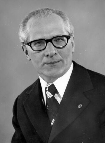 File:Erich Honecker.jpg
