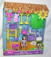 Polly Pocket Splashin' Fashion Snack Shack Ana