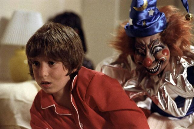 File:Oliver-robins-in-poltergeist-1982-large-picture.jpg