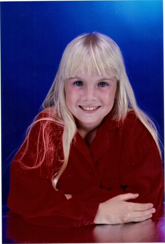 File:Heather-o-rourke-heather-orourke-32865418-800-1179.jpg