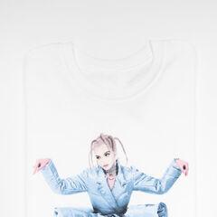 Crouching Poppy - Tee ($30.00 USD)