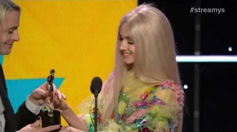 Grace Helbig and Tyler Oakley Presents Breakthrough Artist to Poppy - Streamy Awards 2017
