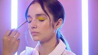 How To Glossy Eyelid with Poppy