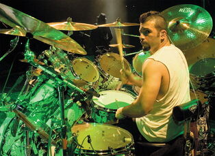 John Dolmayan 2005