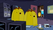 640px-S4 E20 The Banana guards watching