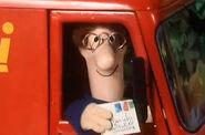 PostmanPatandtheMagpieHen42