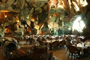 Restaurants-Kish-Island1