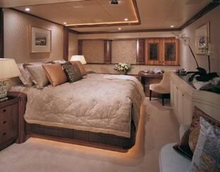 Inside-private-yacht-gallery2