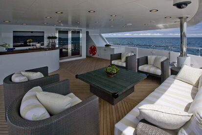 Ext - Lower Aft Deck