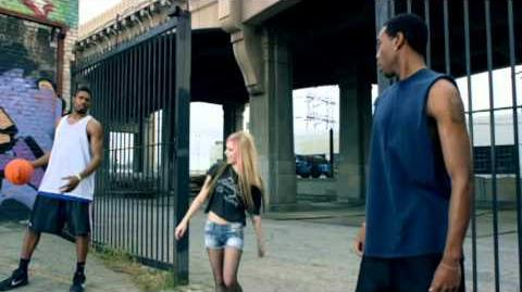 Avril Lavigne - What The Hell-0