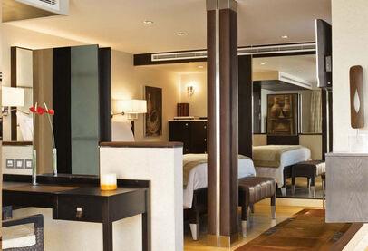 Oberoi Zahra Luxury Suite