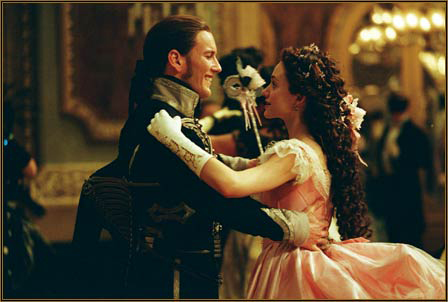 File:Waltzing in a Masquerade Ball.jpg