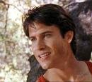 Leo Corbett (Danny Slavin)