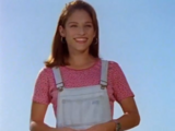 Kimberly Ann Hart Oliver (Amy Jo Johnson)