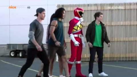 Power Rangers Dino Charge - Erste Verwandlungen