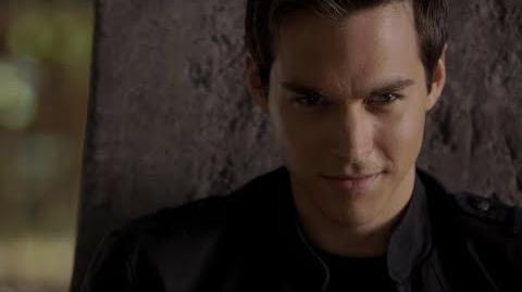 Kai Parker (The Vampire Diaries) absorbs the Traveler Spell