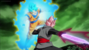 SSR Black Fierce Violent God Slicer vs SSB Goku