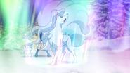 Alolan Ninetales Aurora Veil