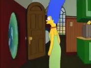 MargeFindsAVortexInTheKitchenWall