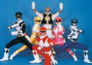The-Rangers-mighty-morphin-power-rangers-23879056-480-336