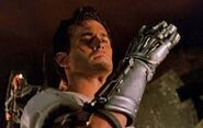 Ash Williams (Evil Dead) gauntlet