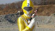 Luka wielding Five Blaster