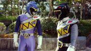Fake Kyoryu Blue in Brave 7