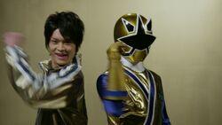 199 Hero Great Battle - Shinken Gold