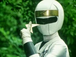 -G.U.I.S. H-S- Ninja Sentai Kakuranger 26 (E4198AE1).mkv snapshot 02.39 -2013.09.21 03.51.42-