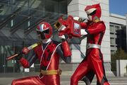 AkaNinger and Zyuoh Whale