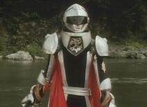 Coolgin in second helmet