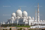 Depositphotos 4466027-Sheikh-Zayed-Mosque-Front-View