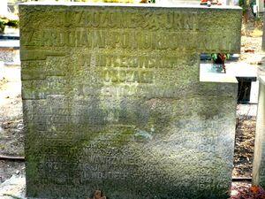 Grob Cmentarz Bozego Ciala
