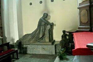 Kaplica-św.-Franciszka-Ksawerego-pomnik-A-Hlonda-Kopia