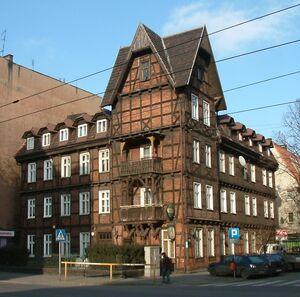 Szachulcowy budynek Wierzbięcice Poznań