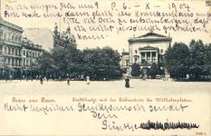 Stadttheater mit Suedseite des Wilhelmplatzes - Pocztówka